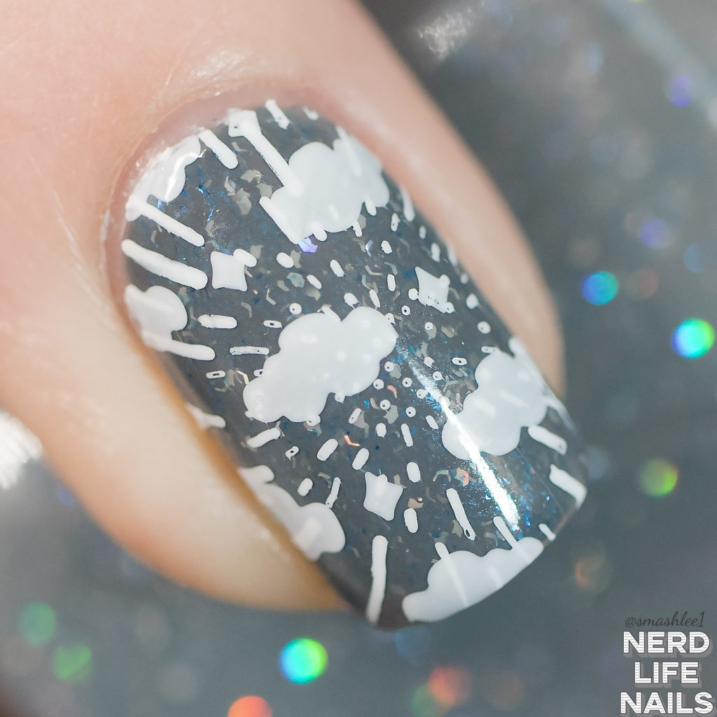 Geekish Glitter Lacquer Thunder Strikes Macro
