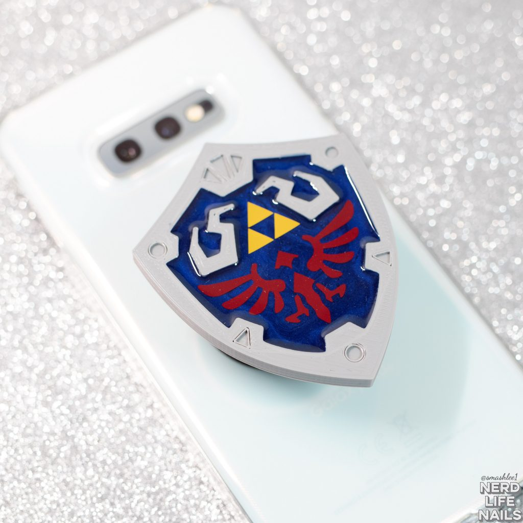 3Cheers4Ears - Hylian Shield Phone Grip