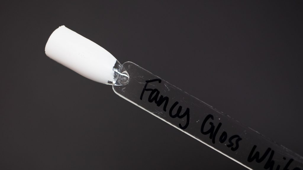 Fancy Gloss Swatch - White
